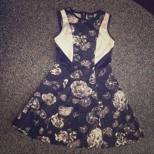 Prabal Gurung for Target black floral dress SZ 4